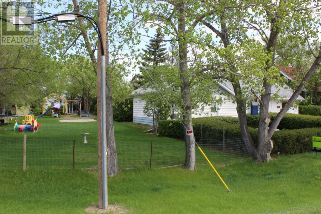 119 1st Ave E, Climax, Saskatchewan  S0N 0N0 - Photo 35 - SK720713