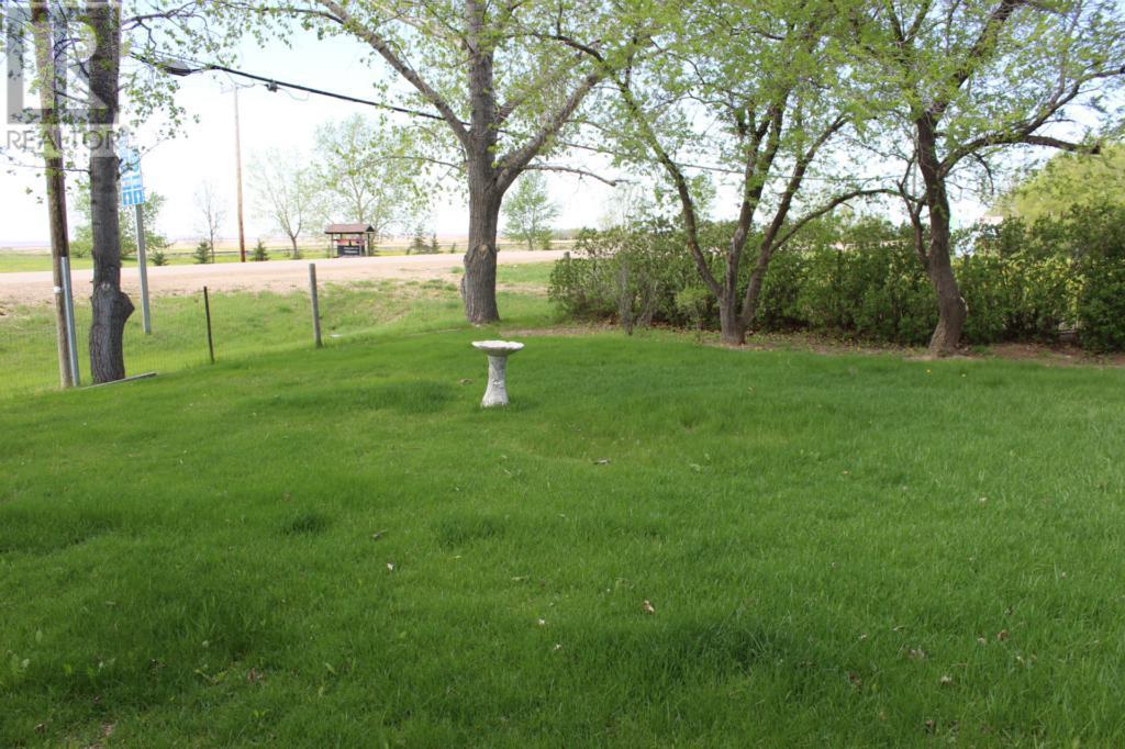 119 1st Ave E, Climax, Saskatchewan  S0N 0N0 - Photo 39 - SK720713
