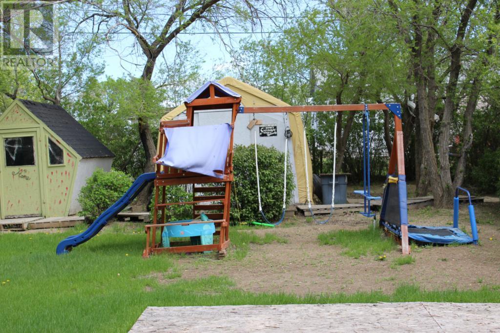 119 1st Ave E, Climax, Saskatchewan  S0N 0N0 - Photo 43 - SK720713