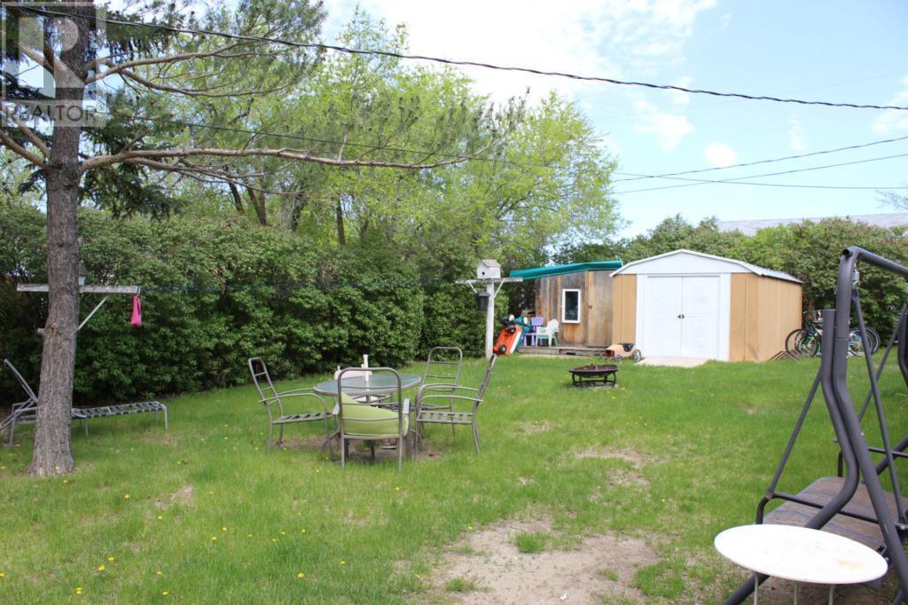 119 1st Ave E, Climax, Saskatchewan  S0N 0N0 - Photo 45 - SK720713