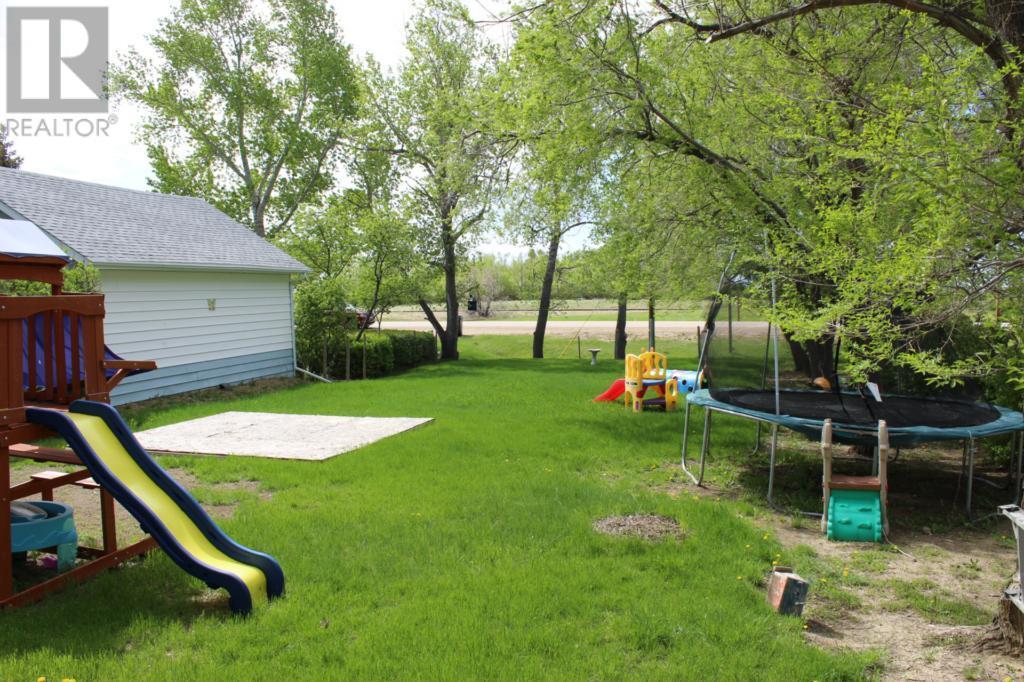 119 1st Ave E, Climax, Saskatchewan  S0N 0N0 - Photo 49 - SK720713