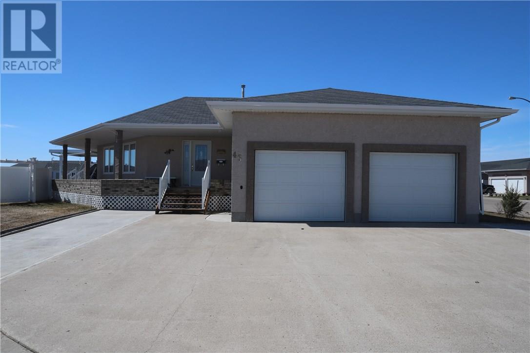 45 Wilson Cres, Yorkton, Saskatchewan  S3N 3Z9 - Photo 1 - SK719153