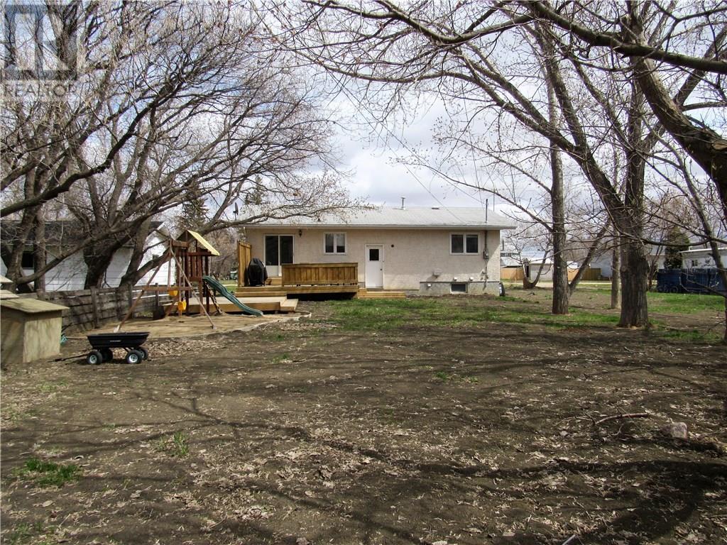 219 5th St, Milestone, Saskatchewan  S0G 3L0 - Photo 29 - SK720895