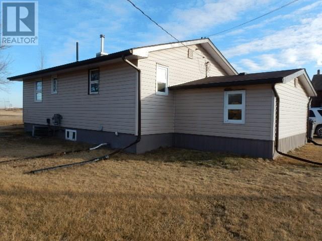581 2nd St, Disley, Saskatchewan  S0G 3C0 - Photo 2 - SK722291