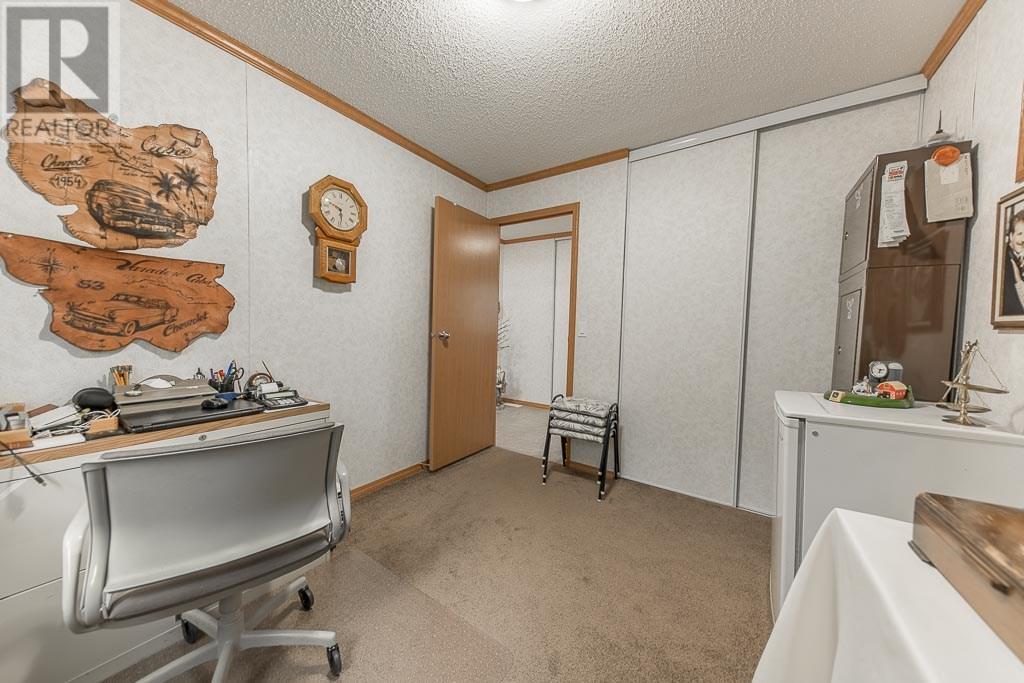 223 Park Rd, Last Mountain Lake East Side, Saskatchewan  S0G 4L0 - Photo 20 - SK722556