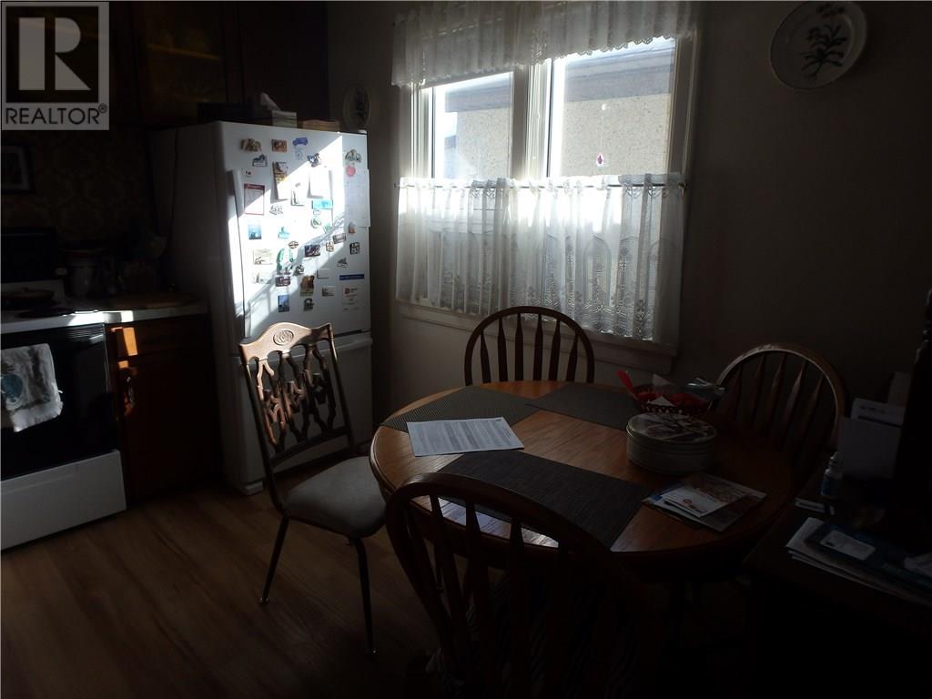 2063 Francis St, Regina, Saskatchewan  S4N 2P2 - Photo 4 - SK722493