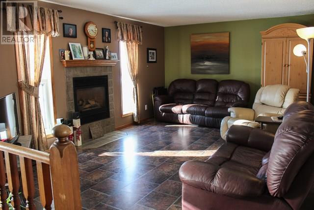 315 Tisdale St, Midale, Saskatchewan  S0C 1S0 - Photo 4 - SK722754