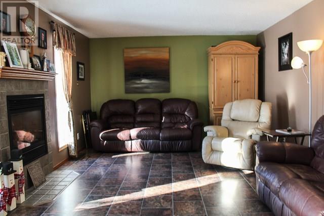 315 Tisdale St, Midale, Saskatchewan  S0C 1S0 - Photo 5 - SK722754