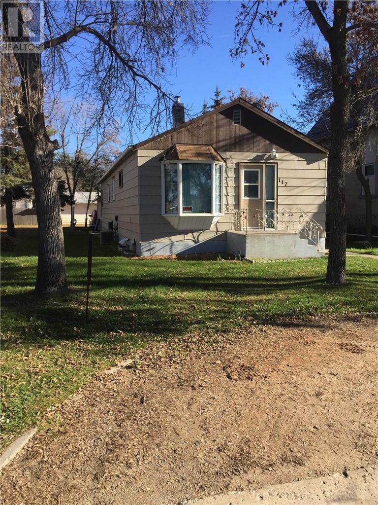 117 First St E, Carnduff, Saskatchewan  S0C 0S0 - Photo 24 - SK723393