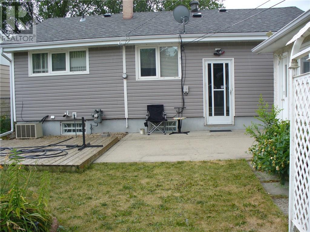 3408 Avonhurst Dr, Regina, Saskatchewan  S4R 3K1 - Photo 17 - SK723491