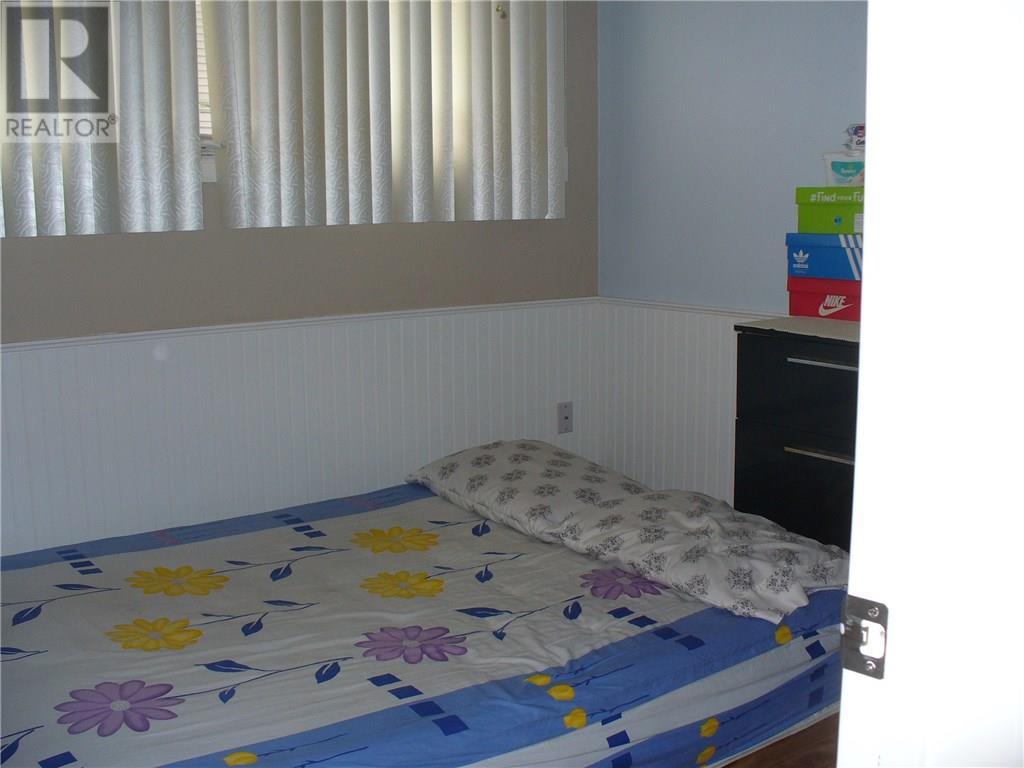 3408 Avonhurst Dr, Regina, Saskatchewan  S4R 3K1 - Photo 7 - SK723491