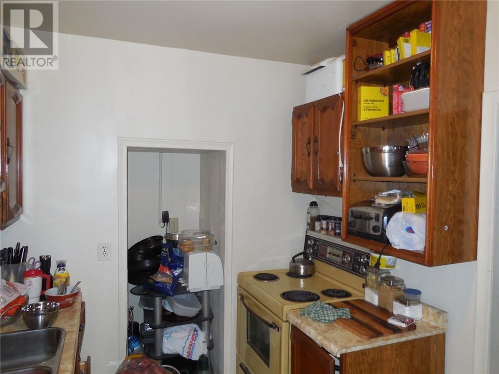 900 Lindsay St, Regina, Saskatchewan  S4N 3A6 - Photo 8 - SK724060