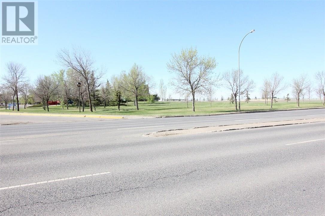 6138 Dewdney Ave, Regina, Saskatchewan  S4T 1E1 - Photo 3 - SK724740