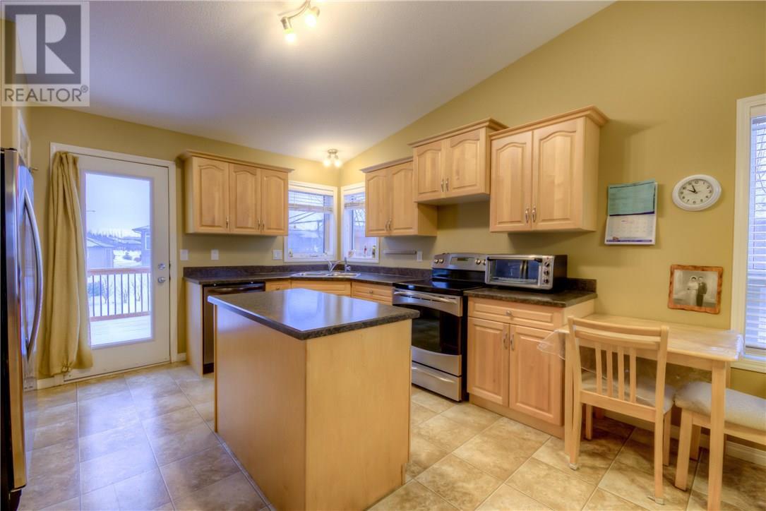 136 Meadow Rd, White City, Saskatchewan  S4L 0A2 - Photo 11 - SK724573
