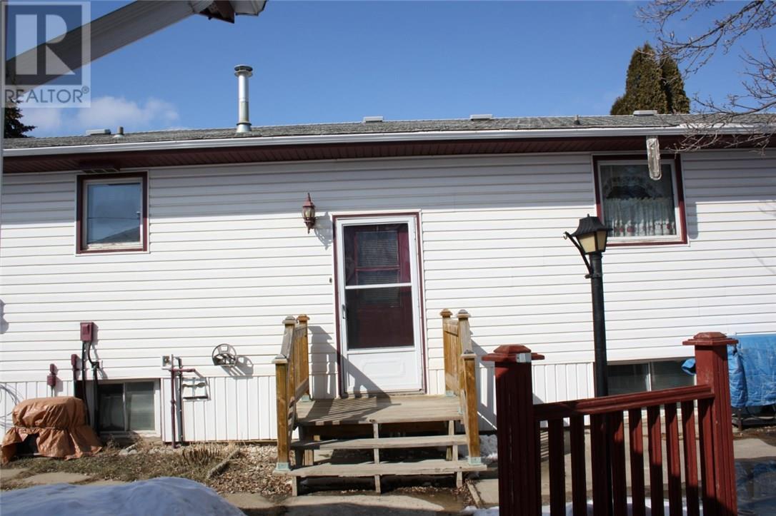 822 Edward St, Estevan, Saskatchewan  S4A 1S5 - Photo 22 - SK725964