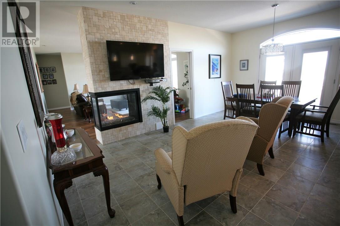 204 Edgewood Dr, Buena Vista, Saskatchewan  S2V 1C3 - Photo 7 - SK726366