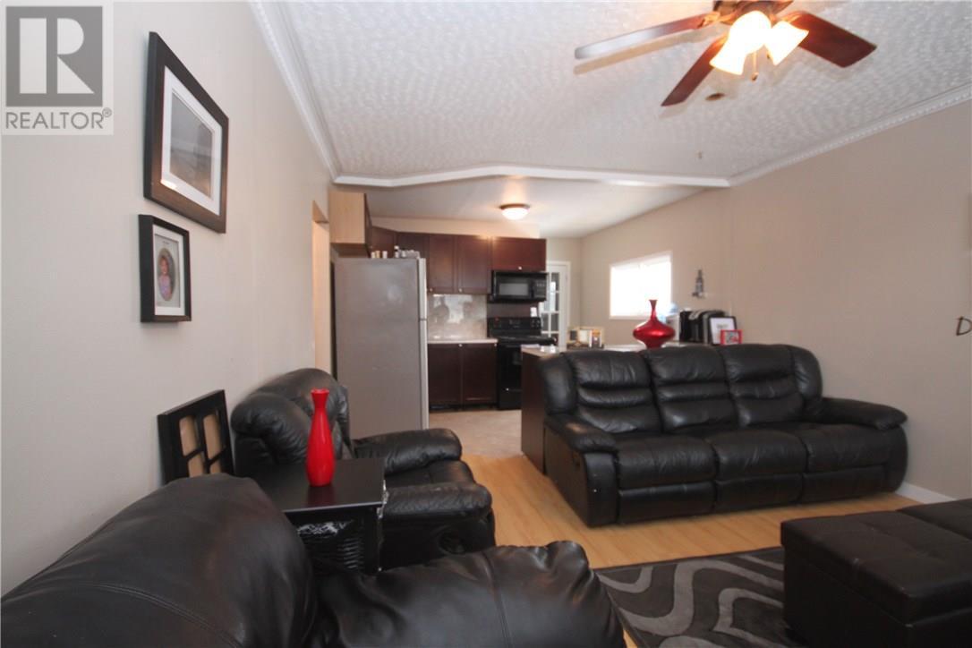 33 Allan St, Wilcox, Saskatchewan  S0G 5E0 - Photo 2 - SK726316